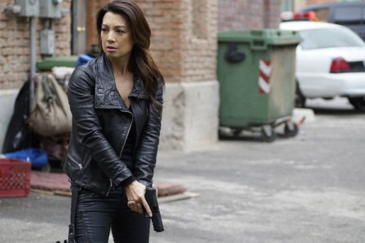agents-of-shield-season-3-spacetime-image-3-600x400