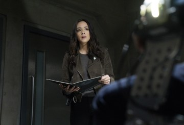 "Agents of SHIELD 4.16 Review: ""What If..."""