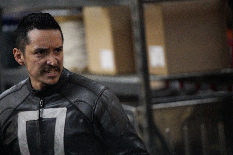 "Agents of SHIELD 4.22 Review: ""World's End"""