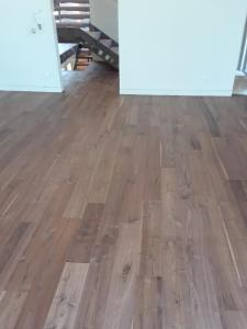 "6"" Walnut floor with Emulsion"