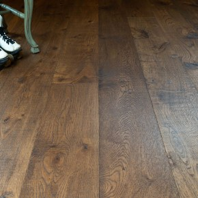 "<a href=""http://realwoodfloors.com/collections/vintage-loft"">See More</a>"