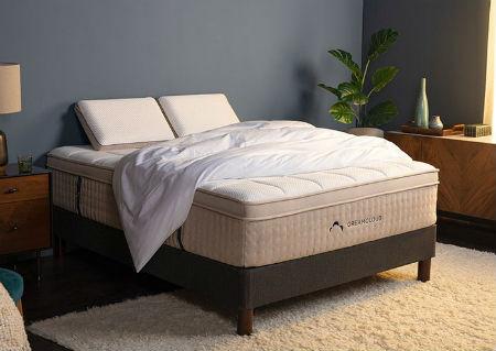 Dreamcloud-mattress