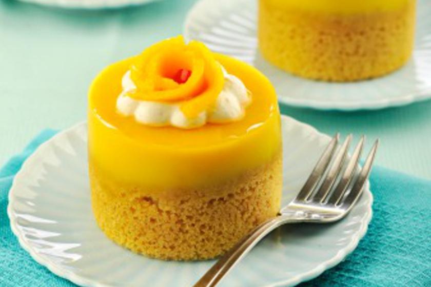 Mango Jelly Layered Cake