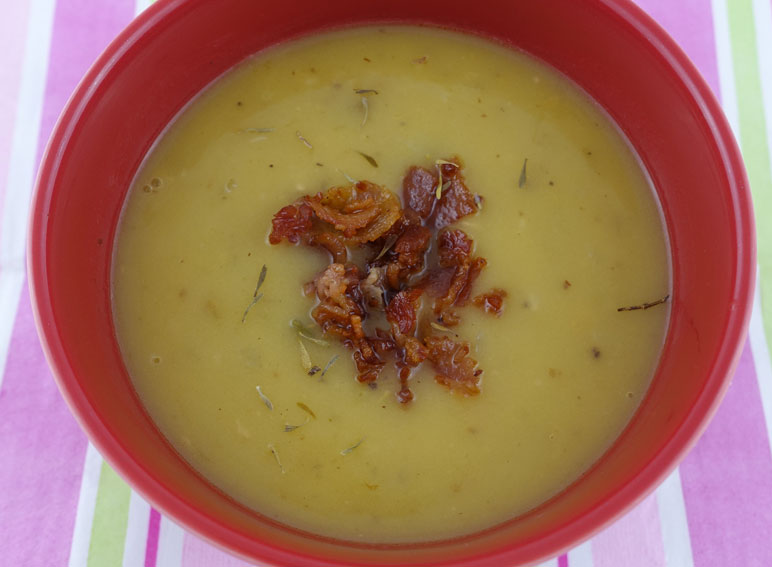 Spicy Beer and Cheddar Soup
