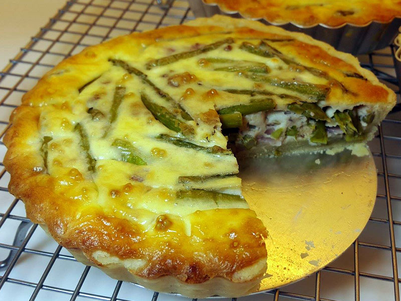 Asparagus and Goat's Cheese Pie