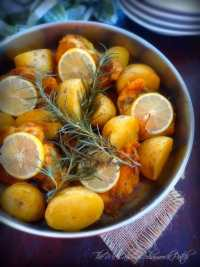 Italian Lemon Rosemary Chicken is a simple dish with simple to find ingredients of boneless skinless chicken breasts, lemon slices, fresh-cut Rosemary, white wine and herbs and spices all cooked in one Dutch Oven from start to finish for less clean-up time