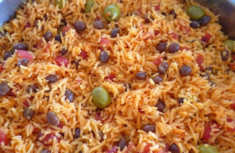 Rice with Pigeon Peas { Arroz Con Gandules }
