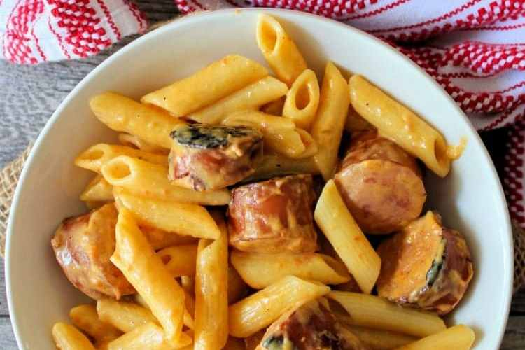 Skillet Mac and Cheese with Kielbasa