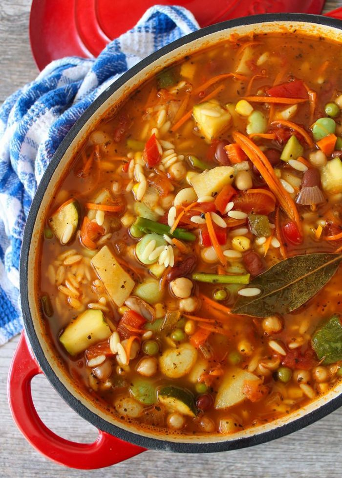 Looking for an easy, healthy and delicious weeknight meal? Then look no further! Your whole family will enjoy this Vegetable Orzo Soup, a quick healthy weeknight meal. This Vegetable Orzo Soup is a perfect way to end the Summer and begin Fall; using garden-fresh veggies, Orzo, and Italian Herbs.