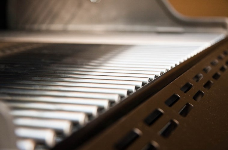 Tips on Properly Cleaning and Maintaining Your Built-in Gas Grills