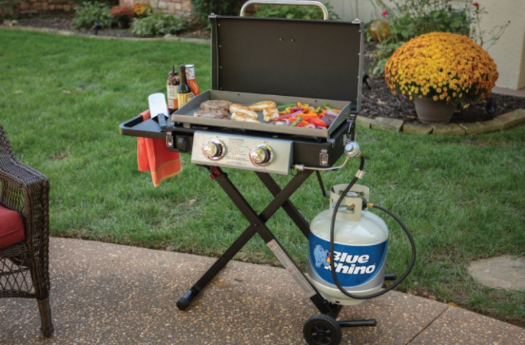 how long does a propane tank last on a grill