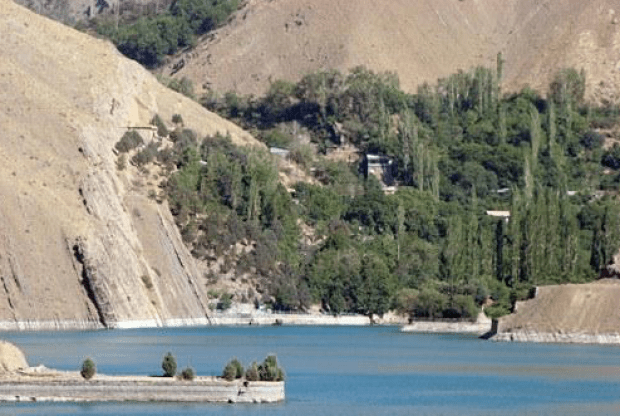 Another view of Karaj dam