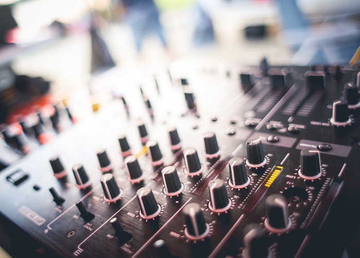 Tips from programming managers for better radio advertising