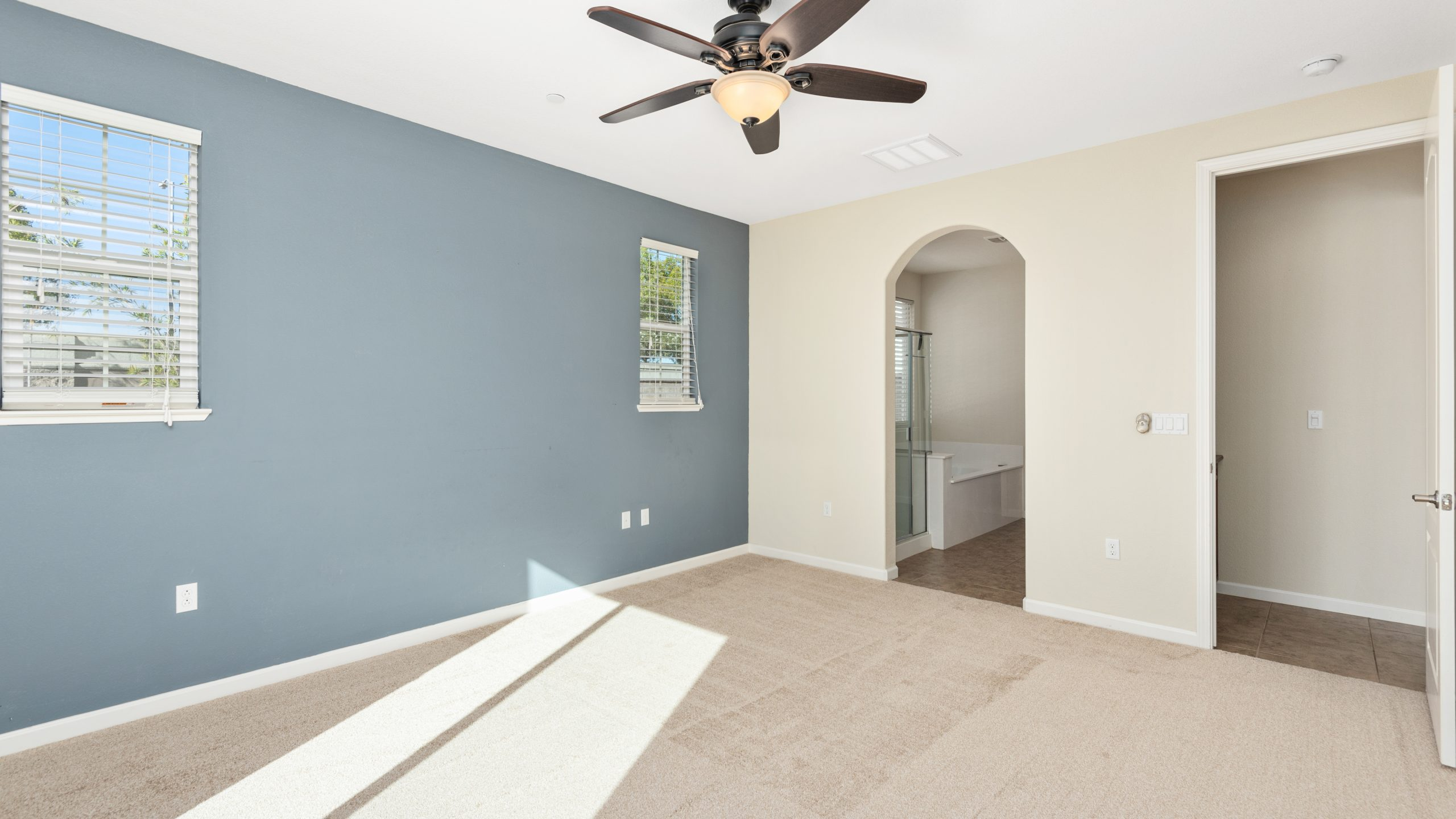 8373-Brookhaven-Circle-Discovery-Bay-18-of-42-1541610487