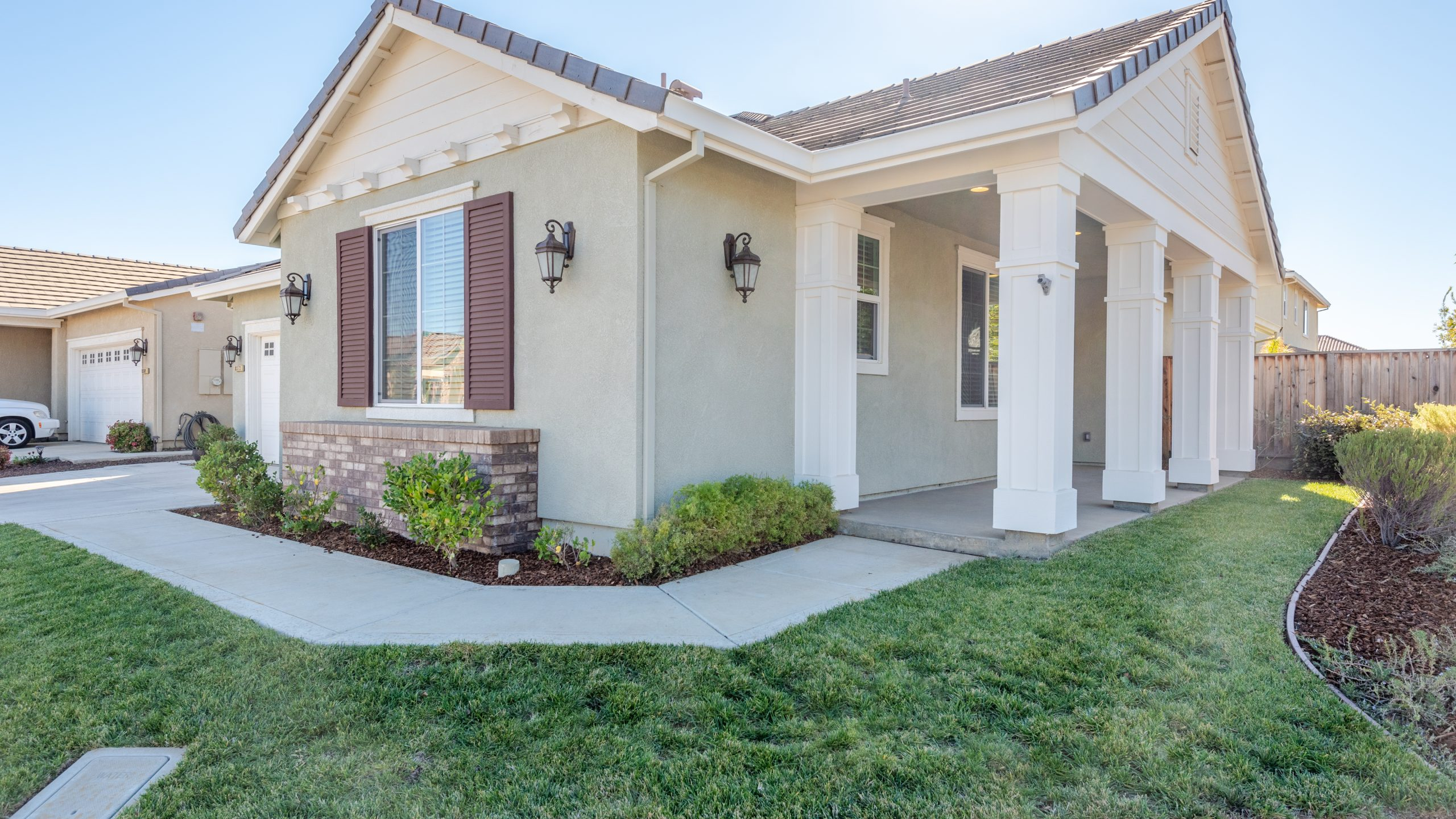 8373-Brookhaven-Circle-Discovery-Bay-3-of-42-1541610430