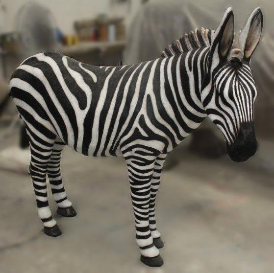 afrika-safari-zebra-rasti-land