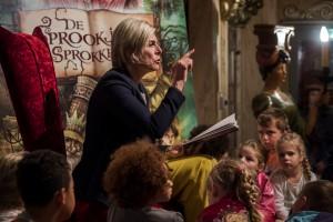 -Ademloos luisteren naar Prinses Laurentien. Als een kind voorgelezen wordt, dan maakt dat een wereld van verschil voor de ontwikkeling.