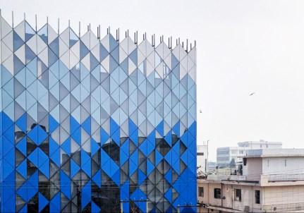09-facade