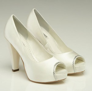 Scarlett shoes, from fairytalebridal.co.nz