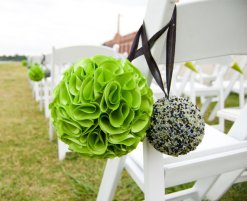 Pomander/kissing balls, by PartyChickEvents on etsy.com