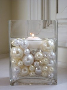 Pearls floating with candles - centrepiece inspiration