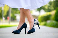 Wedding shoes, by walkinonair on etsy.com