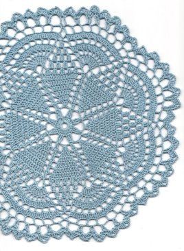 Doily placemat, by DoilyWorld on etsy.com