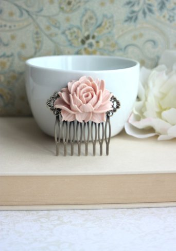 Hair comb, by Marolsha on etsy.com