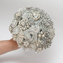 Brooch bouquet, by FlowerDecoration on etsy.com