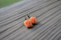 Rose earrings, by cynicalredhead on etsy.com