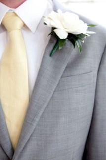 Groom style idea {via greenvillabarn.blogspot.com}