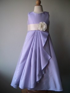 Lavender flower girl dress, by beaneandco on etsy.com