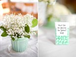 Mint and white table setting ideas {via glamourandgraceblog.com}