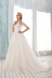 Tulle wedding dress (US$819) - www.etsy.com/shop/BridalLounge