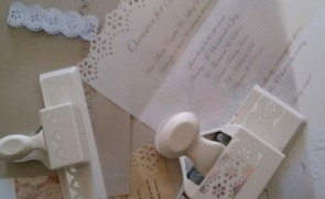 DIY vintage-style invitations tutorial - http://rusticweddingchic.com/diy-vintage-inspired-wedding-invitations