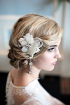 Vintage hairstyle {via burnettsboards.com}