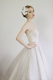 Rockabilly-style wedding dress $US495 - www.etsy.com/shop/MissBrache