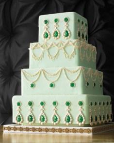 Mint and emerald wedding cake inspiration {via marthastewardweddings.com}