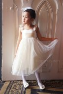 Satin and tulle flower girl dress - www.etsy.com/shop/Happy2sisters