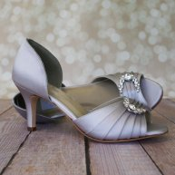 grey wedding heels - www.etsy.com/shop/elliewrenweddingshoe
