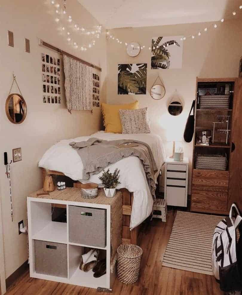 15 Insanely Cute Dorm Room Ideas to Copy this Year - The ... on Cool Bedroom Ideas For Small Rooms  id=25111