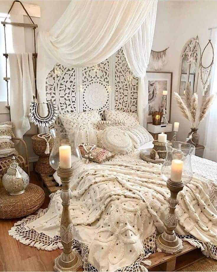 25 Cozy Bohemian Bedroom Ideas for Your First Apartment ... on Bohemian Bedroom Ideas  id=75956