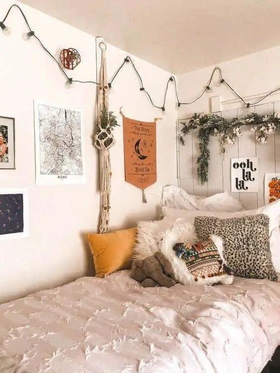 10 Amazing Dorm Room Wall Decor Ideas to Make Your ... on Room Wall Decor id=72350