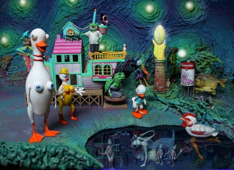 duck_house_pond__op_800x581