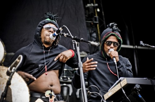 Shabazz Palaces performing live.