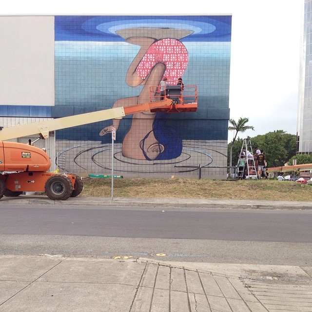 Day 4: New mural in progress by @seth_globepainter for #powwowhawaii. @rvca @montanacans @flexfit @hawaiianairlines