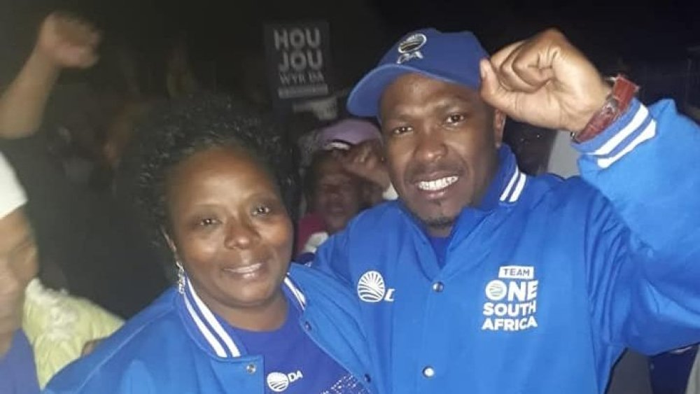 Hilton Stroebel celebrating Ward 5 election result with corrupt ex-Knysna Mayor Eleanore Spies