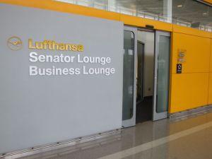 Lufthansa-Senator-Lounge-Washington-Dulles-05