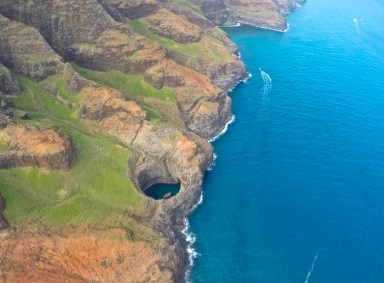 open ceiling cave na pali coast kauai mauna loa private helicopter tours