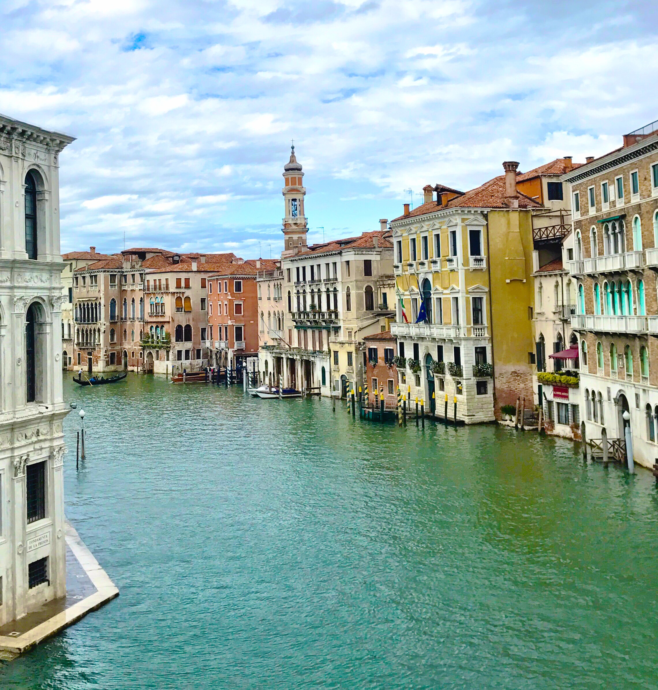 mobile hotspot Italy